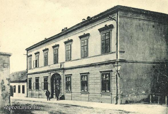 Az egykori Kereskedelmi Akadémia
