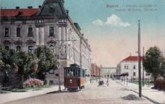 A Mátyás király utca az állomás felé