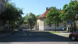 A Csatkai Endre utca és az  Újteleki utca kereszteződése