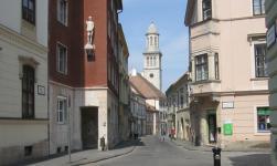 Temlom utca a Széchenyi Gimnázium felől