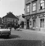 Bisztró egykor a Várkerület és az Ötvös utca sarkán