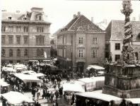 Vásár a Fő téren