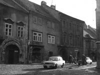 Kolostor utca