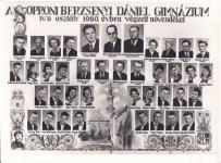 A Berzsenyi Dániel Gimnázium 1960-ban végzett IV.B. osztályának tablója