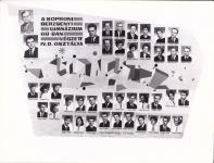 A Berzsenyi Dániel Gimnázium 1968-ban végzett IV.D. osztályának tablója