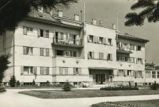 A Csepel üdülő egyik épülete