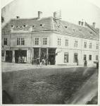 A Hattyú fogadó épülete