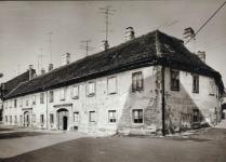 A Hátulsó utca 9. a háború után