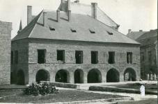A Lábasház felújítása