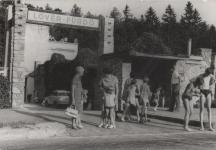 A Lövér fürdő bejárata 1972-ben