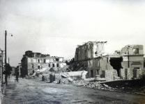 A Mátyás király utca a Belváros felé a bombázások után
