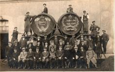 A Nyugat-magyarországi Serfőzde és Malátagyár soproni dolgozói 1926-ban