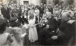 A püspök látogatása 1956-ban