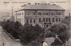 A Felsőbb Leányiskola a Deák téren