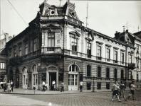 A Széchenyi tér 13-as számú ház az 1950-es évek végén