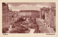 A Széchenyi tér korabeli k.épeslapon