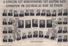 A Szt.Asztrik Katolikus Gimnázium  tablója