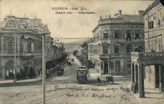 Villamos Sopron utcáin