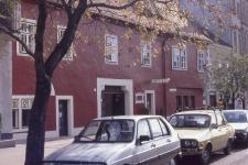Az egykori Fehér ló fogadó épülete