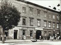 Az Ógabona tér 12-es számú ház az 1950-es években