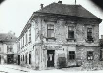 Az Újteleki utca 6-os számú ház az 1950-es években