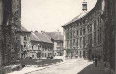 Belvárosi életkép a háború után