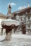 A Gyóni-ház és a Mária-kút