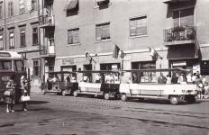 Mikrobuszok az Ógabona téren