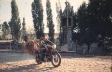 Motoros a Lénárt-keresztnél