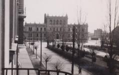 Pillantás a Deák térre az 1940-es évek elején