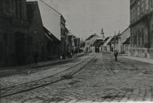 Villamos az Újteleki utcában