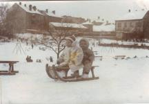 A Gödör játszótér télen