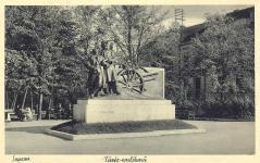 A Tüzér emlékmű a Deák téren