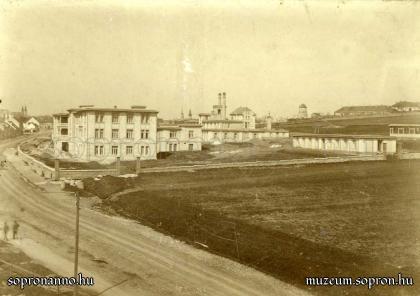 A kórház 1919-ben Gantner Antal felvételén