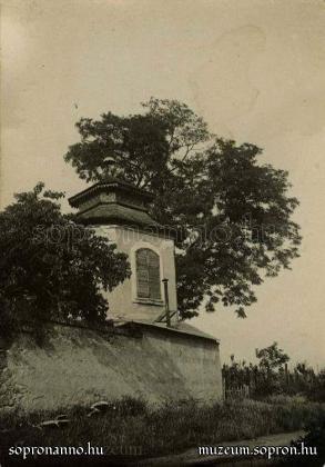 Az Esernyős ház