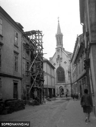 A Fegyvertár utca 1966-ban