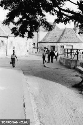 Az Ikva partjának egy részlete 1968-ból