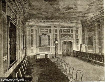 A régi városháza tanácsterme