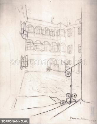 A Stornó-ház udvara