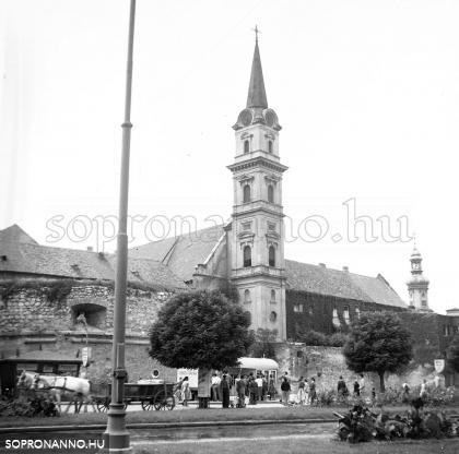 A Bástya tér 1957-ben