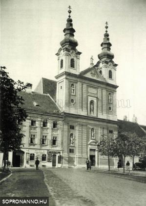 A Domonkos- templom a Tschurl házzal
