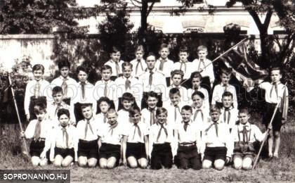 A Kellner Sándor Állami Általános Iskola tanulói 1957-58-ban