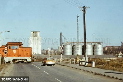 A Kőszegi úti vasúti átjáró