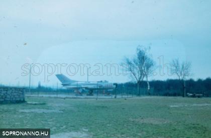 A KRESZ-park repülője