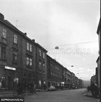 A Mátyás király utca 1970-ben