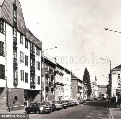 A Mátyás király utca 1992-ben