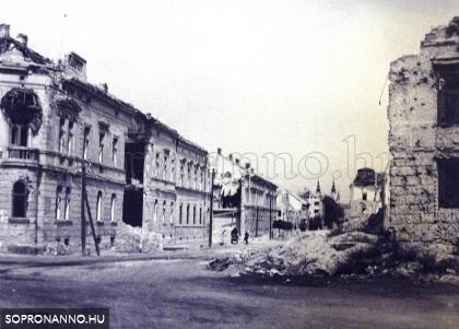 A Mátyás király utca romokban