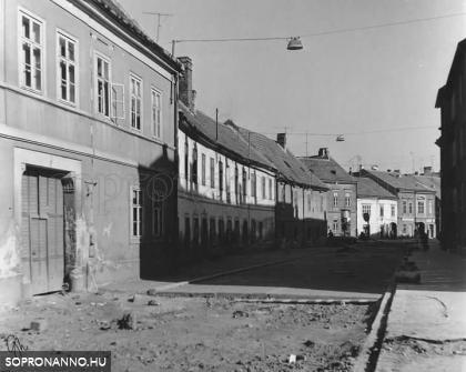A Móricz Zsigmond utca egykor