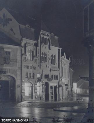 A Pum-ház éjjel