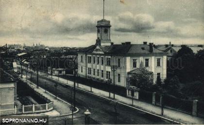 A Hadapródiskola egyik épülete
